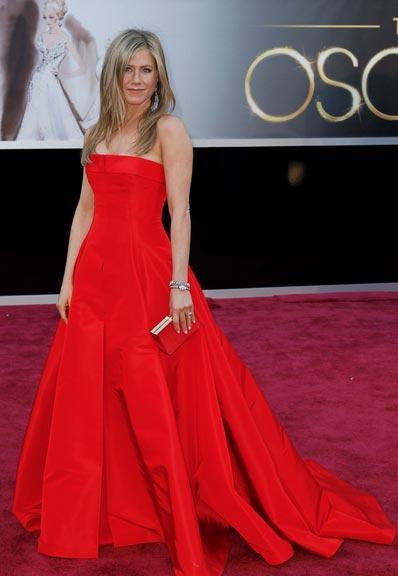 Cómo combinar vestidos de fiesta - Vestido rojo de noche