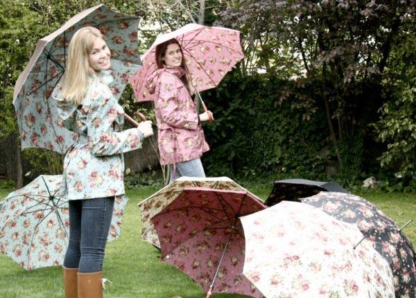 como-combinar-paraguas-paraguas-largo-dots-1