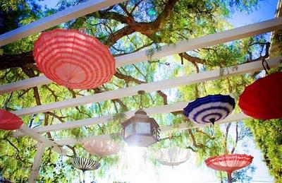 decorar-con-paraguas-3