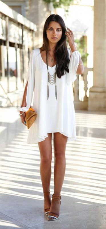 Cómo combinar un vestido blanco
