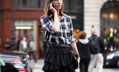 Street Style - Falda de cuero y camisa cuadros