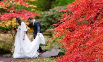cómo vestir en una boda de otoño