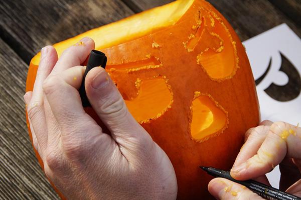 Decoración halloween: Calabaza decorada