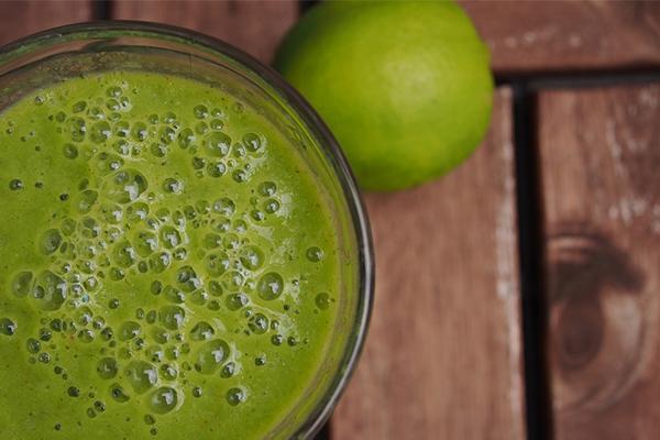 Vida Healthy: Zumo Detox Espinacas y Piña