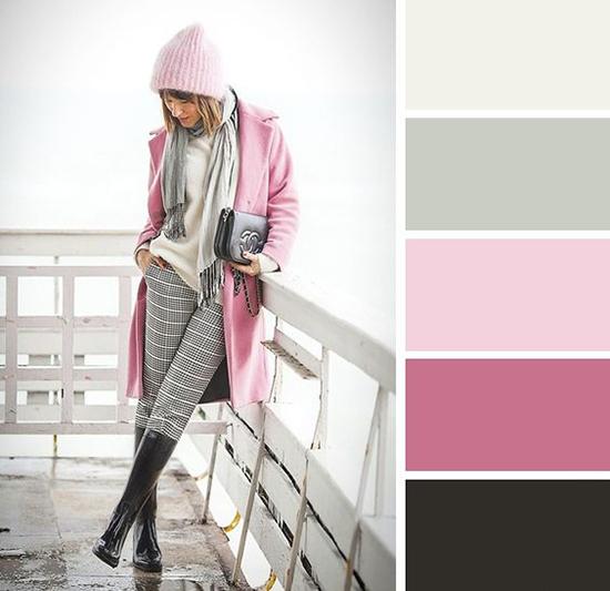 cómo combinar el color rosa claro