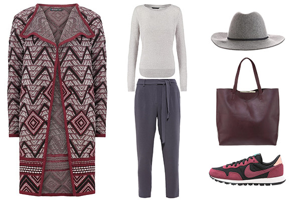 outfit en tonos burdeos y gris