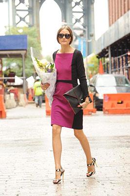 cómo combinar los colores de la primavera rosa y negro